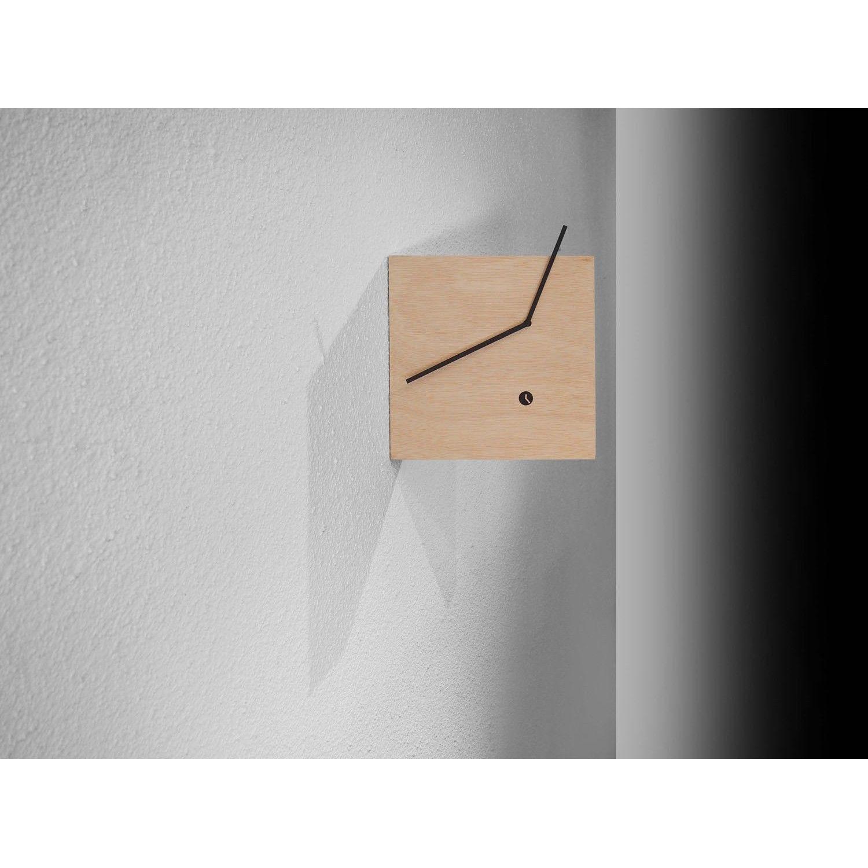 Tothora Reloj de pared Tablet Reloj de pared Tablet de Tothora. Un cuadrado de madera con mecanismo de cuarzo de tecnología alemana. Sencillo pero altamente...