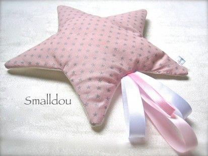 Doudou étoile filante Rose poudré/Blanc Nacré  : Jeux, peluches, doudous par smalldou sur ALittleMarket