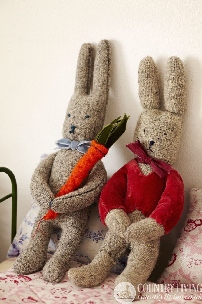 Lovely wool bunnies craft project to make from Sarah Moore. Photo ...