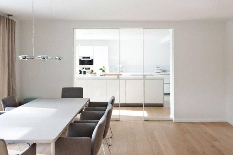 schiebet r zwischen k che und wohnzimmer aus klarem glas bodenbelag pinterest k che und. Black Bedroom Furniture Sets. Home Design Ideas