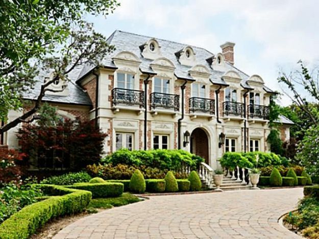 French Manor With Curb Appeal Love The Landscaping