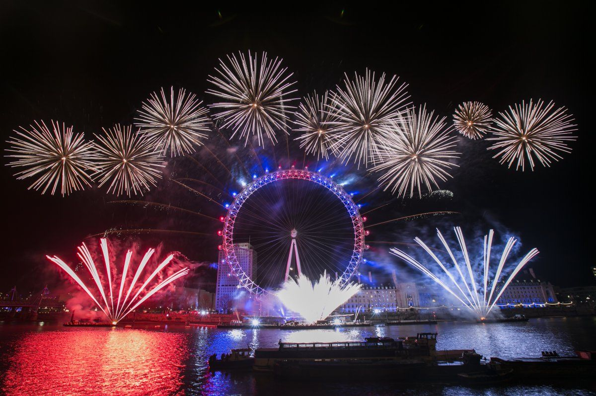New Year's Eve London Eye Fireworks 2018 (With images