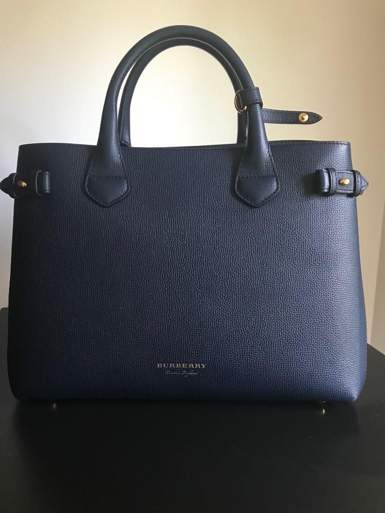 6660dc0a7a ≥ Burberry Banner Medium Ink Blue - Tassen