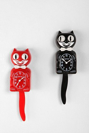 I want the red for my kitchen. Kit-Cat Klock