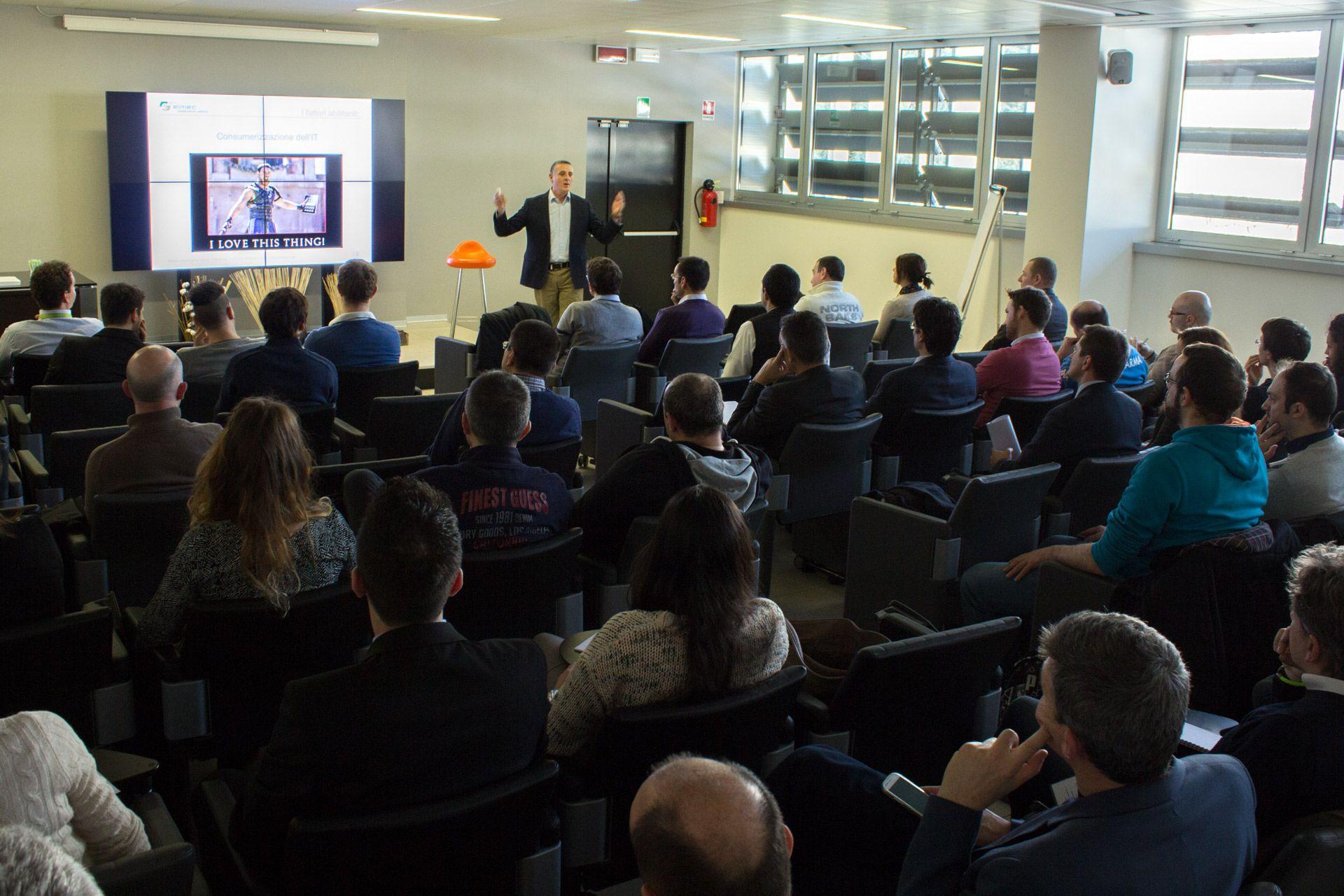 Mac in Enterprise. Ospite Deloitte per raccontare l'esperienza di integrazione Apple all'interno del proprio business.