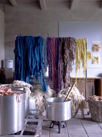 hanging dyeing wool claudy jongstra studio work space pinterest teinture teinture. Black Bedroom Furniture Sets. Home Design Ideas