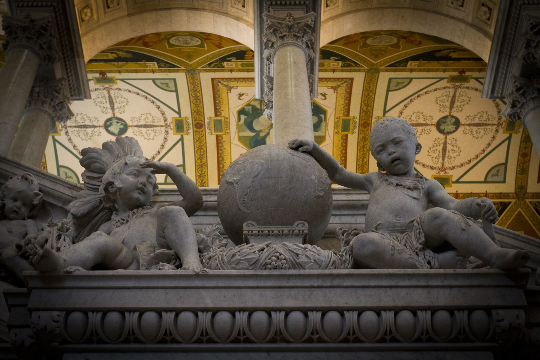 Capitol Lion sculpture, Statue, Buddha