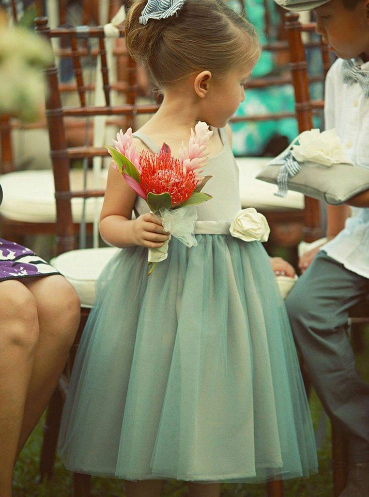 f4fb51641c6  flowergirl  flowergirls  princessdress  flowergirldress  flowergirldresses   girlsdresses  babydress  pageantgirls