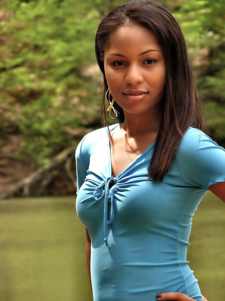 gyönyörű tini képek fekete lányok szeretik punci