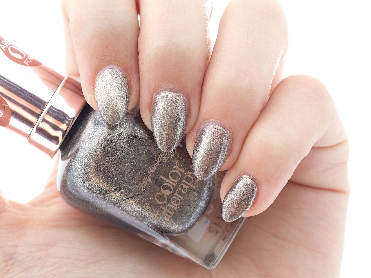Colour therapy for beauty - Sally Hansen Color Therapy In Therapewter