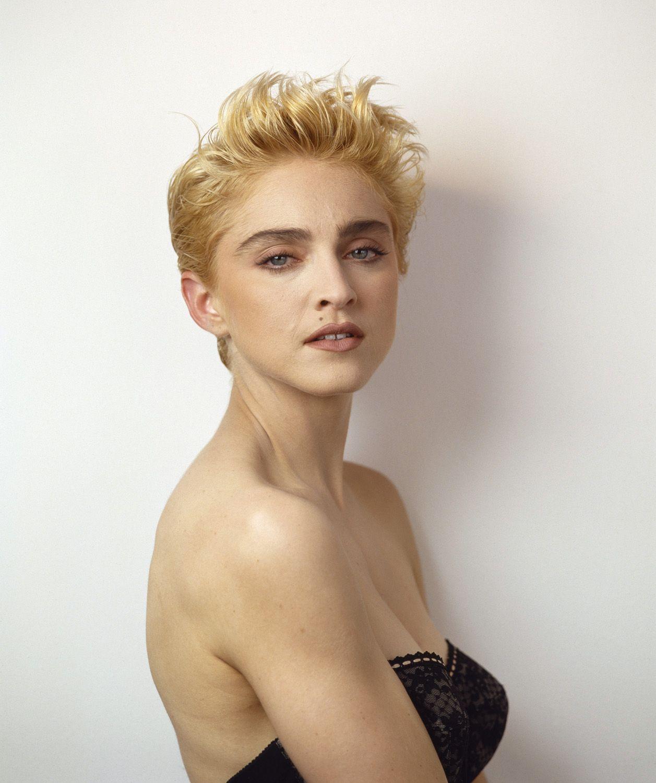 Photos Inedites De Madonna Short Hair Styles Herb Ritts Madonna