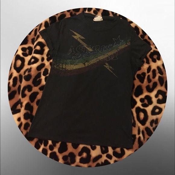 • Black short sleeve shirt • Black graphic shirt Tops Tees - Short Sleeve