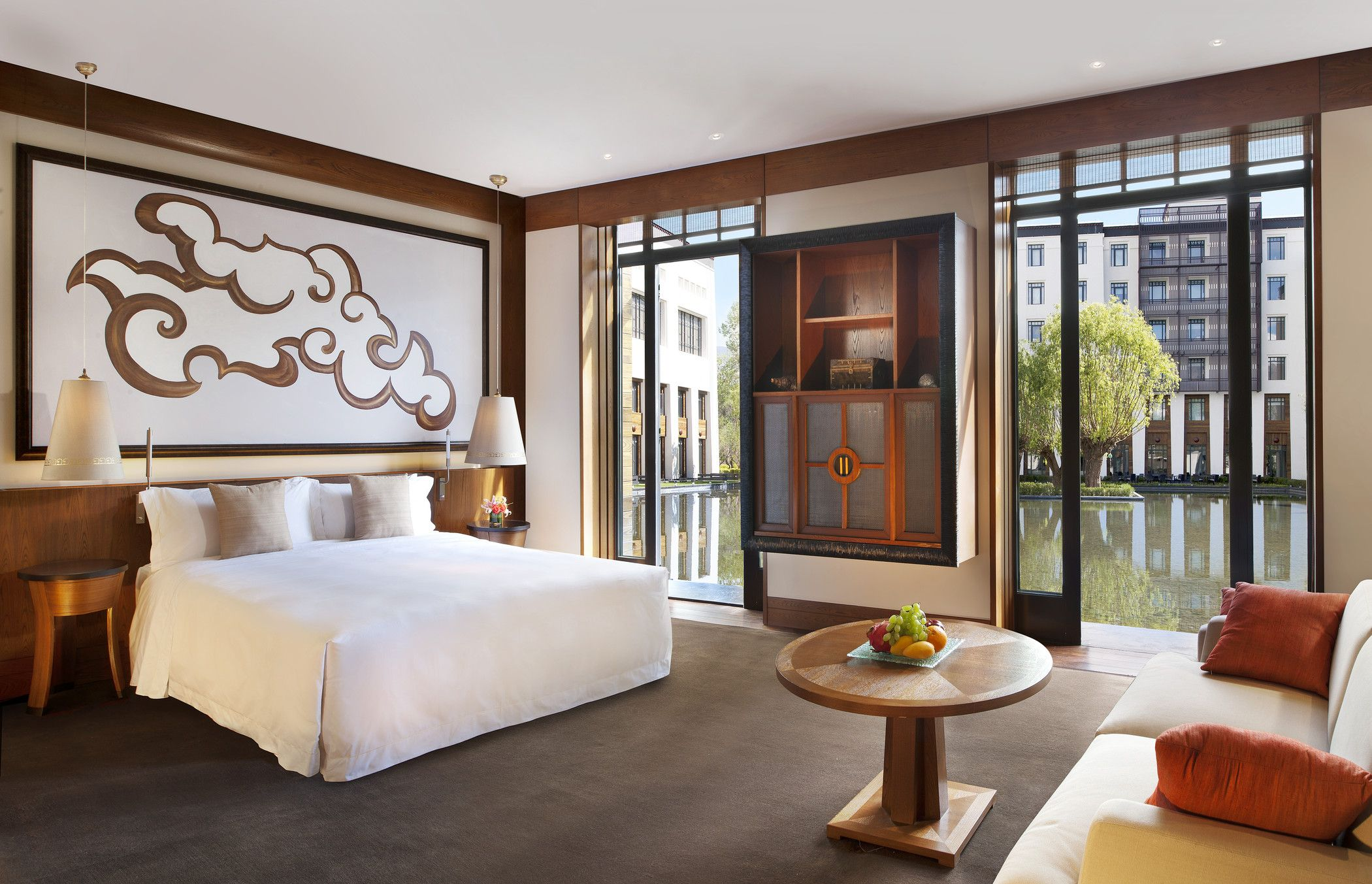 The Villa Deluxe at The St. Regis Lhasa Resort Lhasa