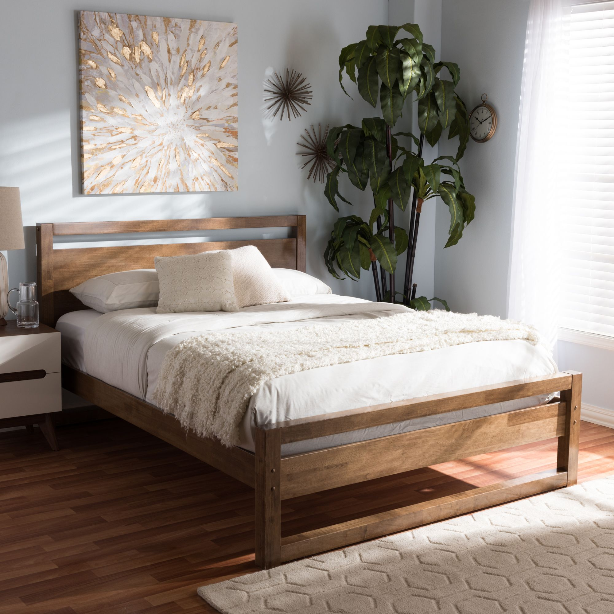 Mid Century With A Walnut Finish Platform Bed Designs Simple