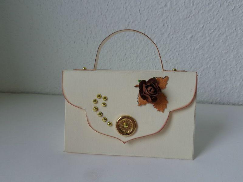mini sac pochette les cr ations d co de marsouille scrap sacs pinterest sac sac. Black Bedroom Furniture Sets. Home Design Ideas