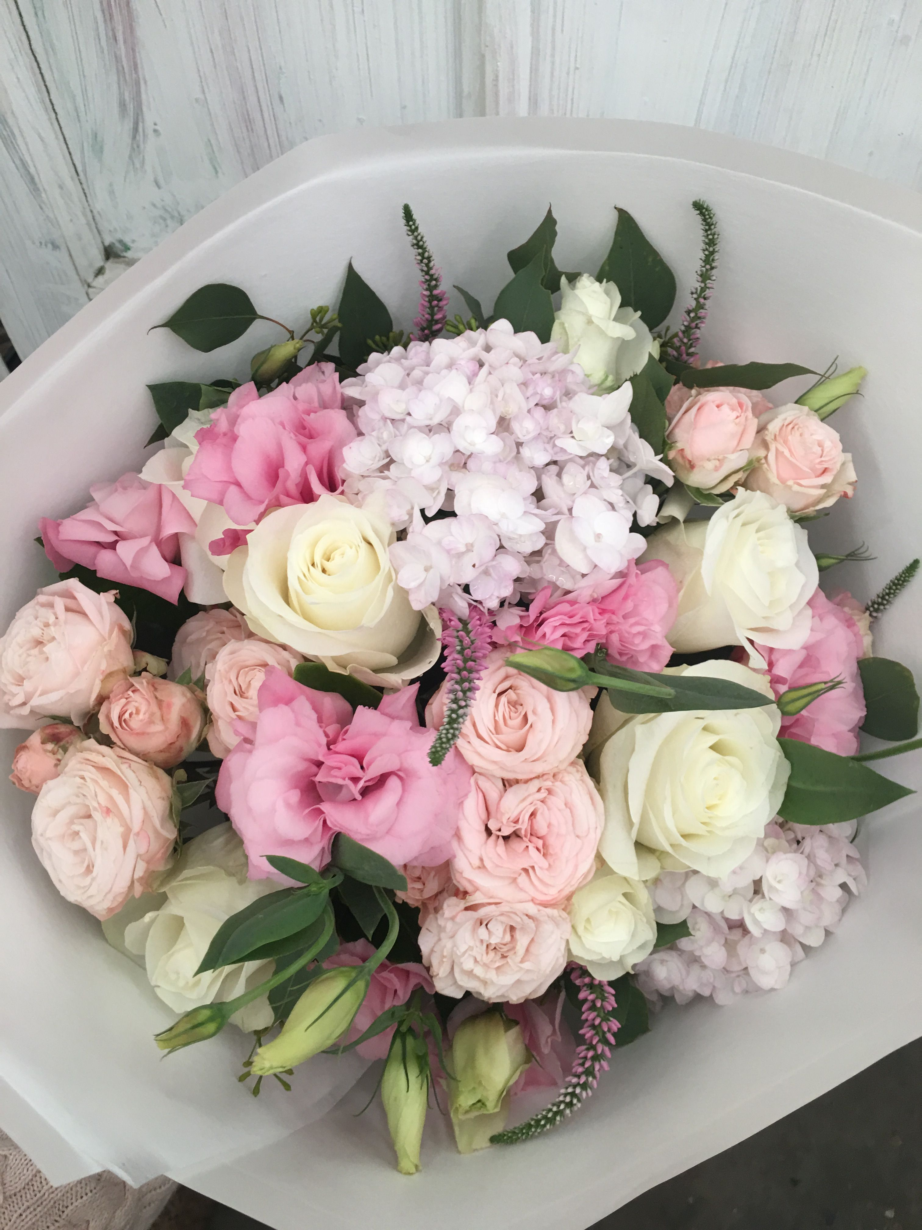 Pink and white are the best friends our best seller sydneyflorist pink and white are the best friends our best seller sydneyflorist pinkflowers izmirmasajfo