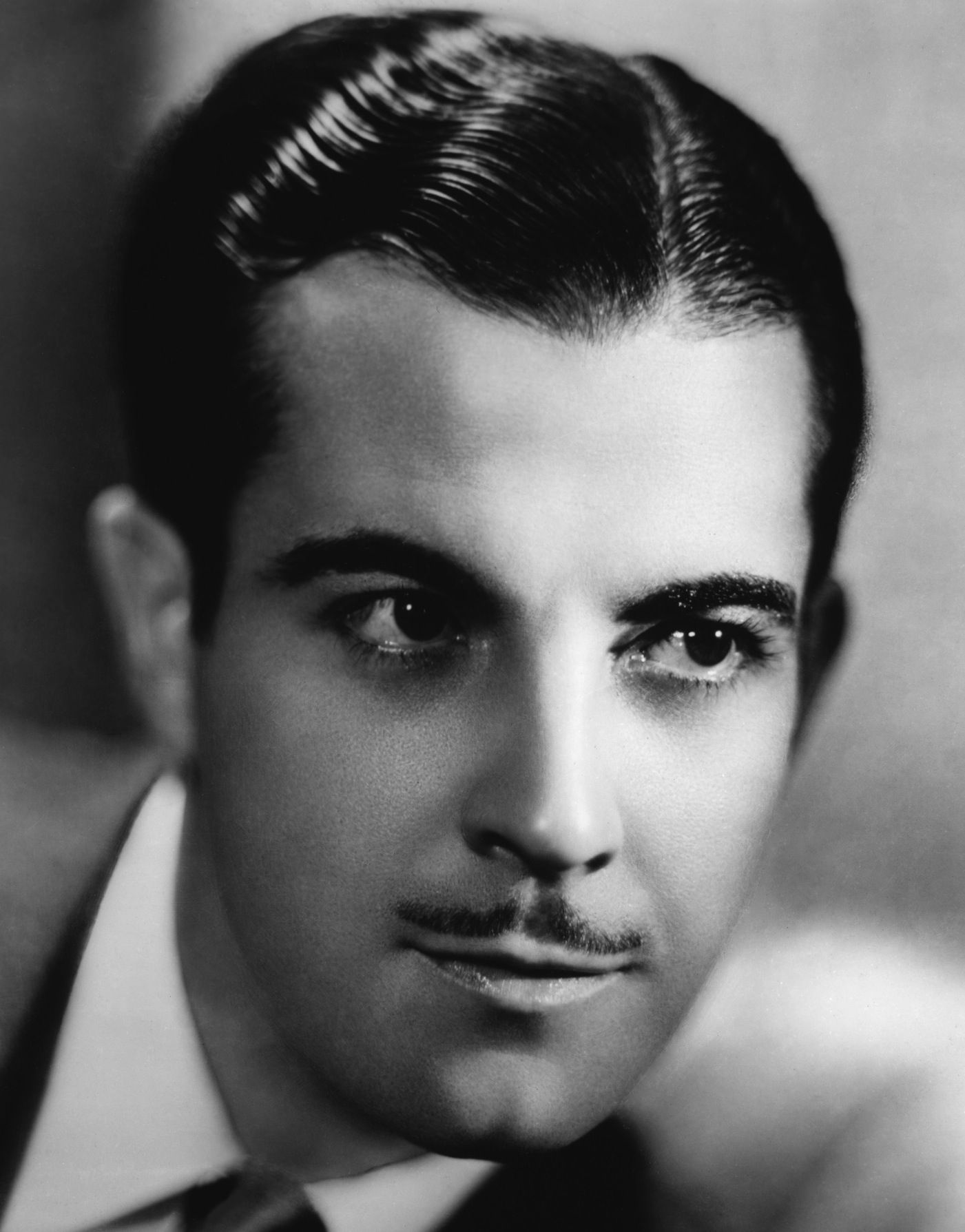 Top 10 Classic 20 S Hairstyles For Men Published In Pouted Online Magazine Lifestyle Elegance And 1920s Mens Hair Mens Hairstyles Vintage Hairstyles For Men
