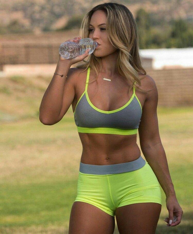 Staya Staya ѕ Srsyatu ɠiyaɩѕ Sporty Girls Fit Girls