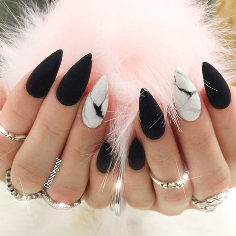 27 Edgy Ideas For Matte Black Nails To Break The Manicure Monotony