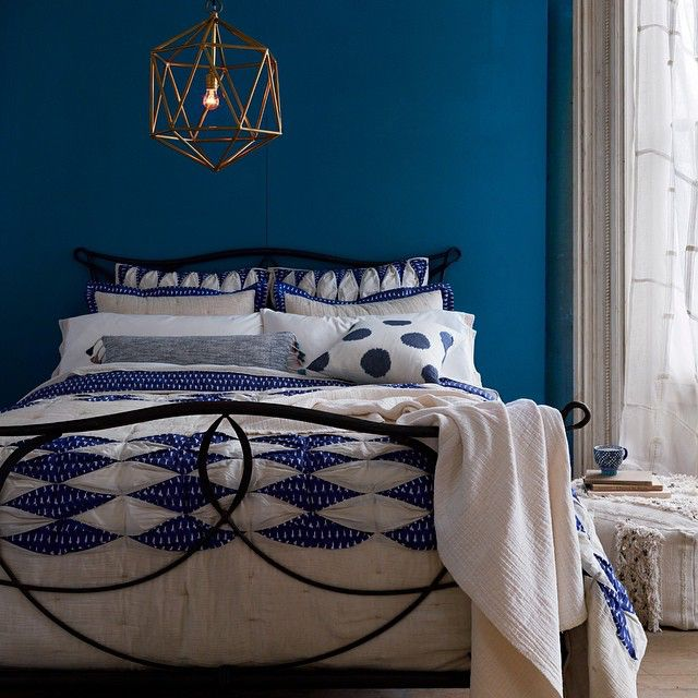 We're big fans of these winter blues. BIG fans. / Dotted Ikat Bedding & Ink Drop Pillow (link in profile to shop this shot)