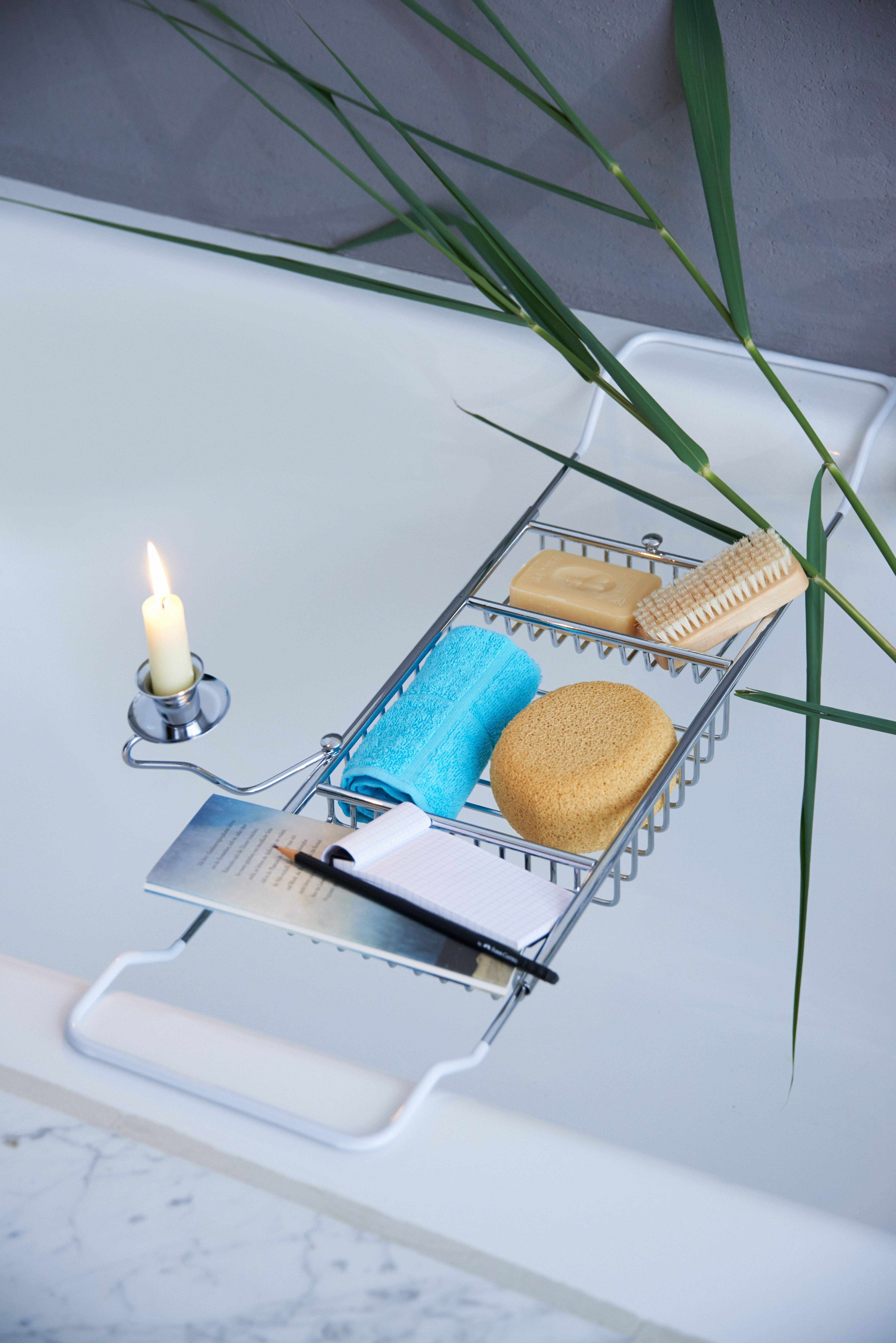 Ein Badewannencaddy Fur Entspannte Badestunden Bad Einrichten Luxusbad Bad