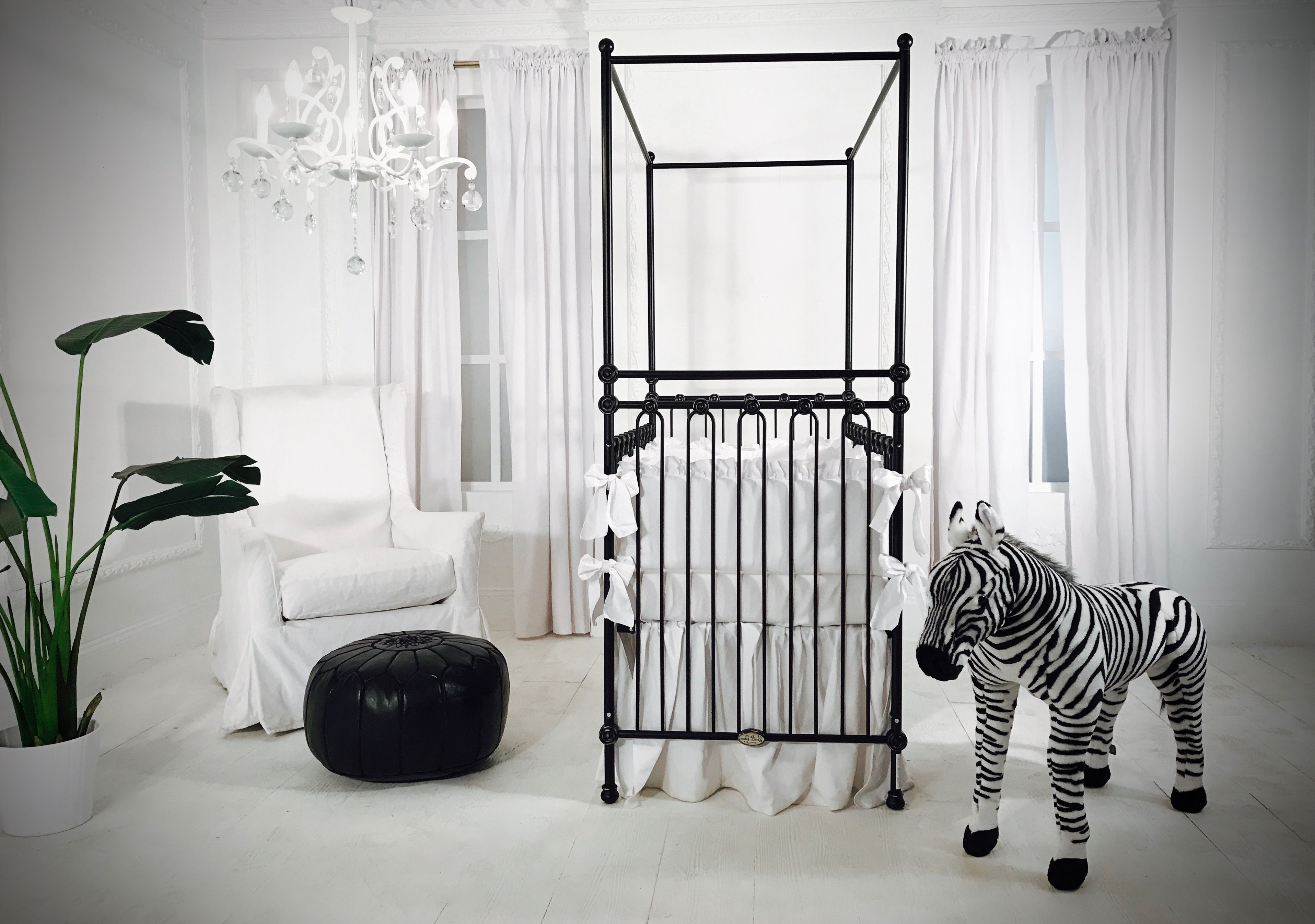 Iron Cribs Are Timeless And This Nursery In Black White Is To Die For Black Crib Nursery Iron Crib Black Crib