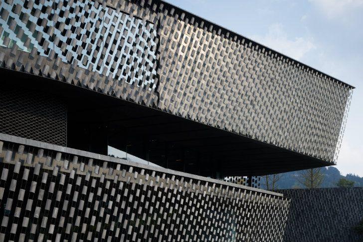 Xinjin Zhi Museum-Kengo Kuma and Associates