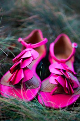 adorable pink sandels!