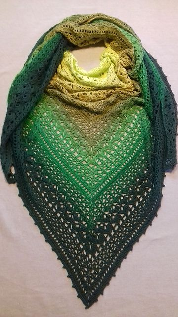 Cockles Of My Heart Shawl Free Crochet Pattern Read Pinterest