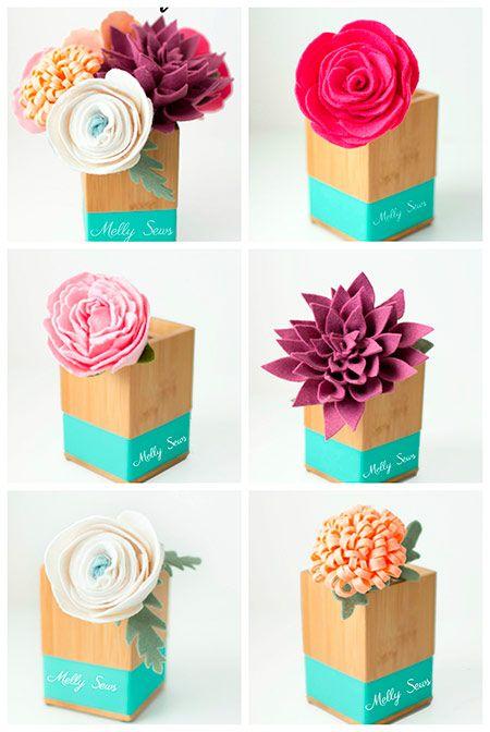 flores de fieltro para decorar hechas con manualidades rosa,dalia