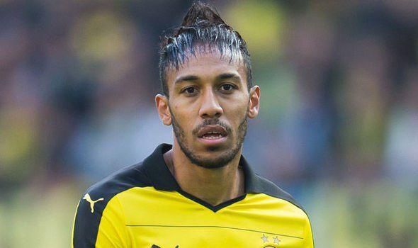 Les pires coupes de cheveux footballeurs !!