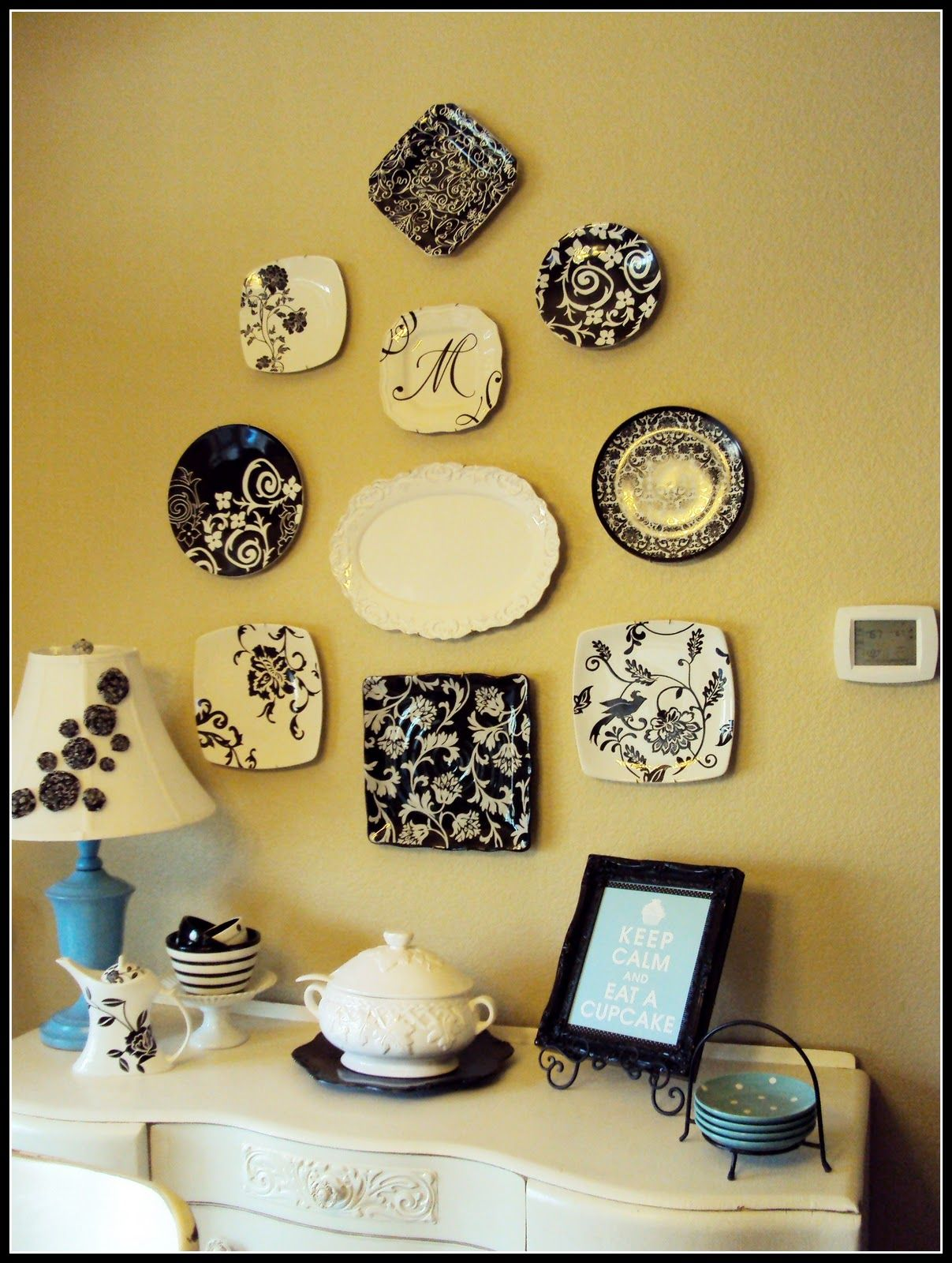 Unique How To Hang Decorative Plates On Wall Gift - The Wall Art ...