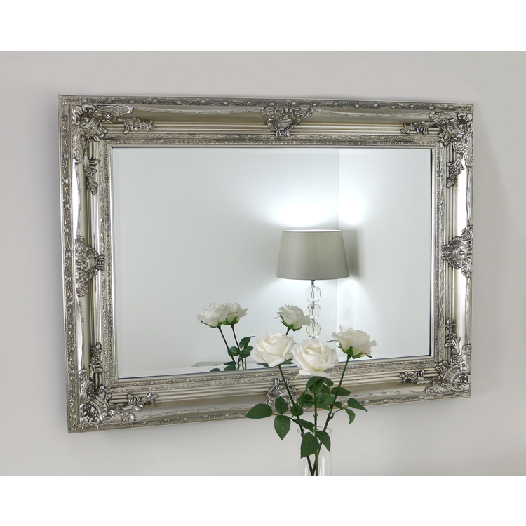 DetailA beautiful antique style swept frame design with highly ...