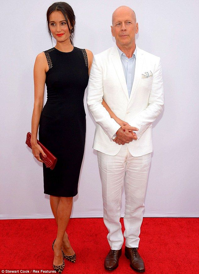 Lovely in lace! Catherine Zeta-Jones steals the show at the Red 2 ...