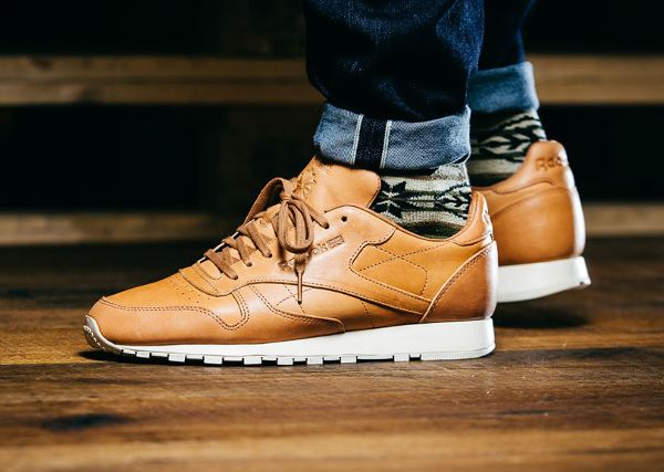 Reebok Classic Leather Lux 'Horween' (marron clair) | Dope