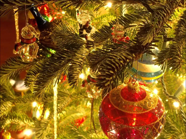 Gloria (with lyrics) Michael W. Schmith Christmas 2013
