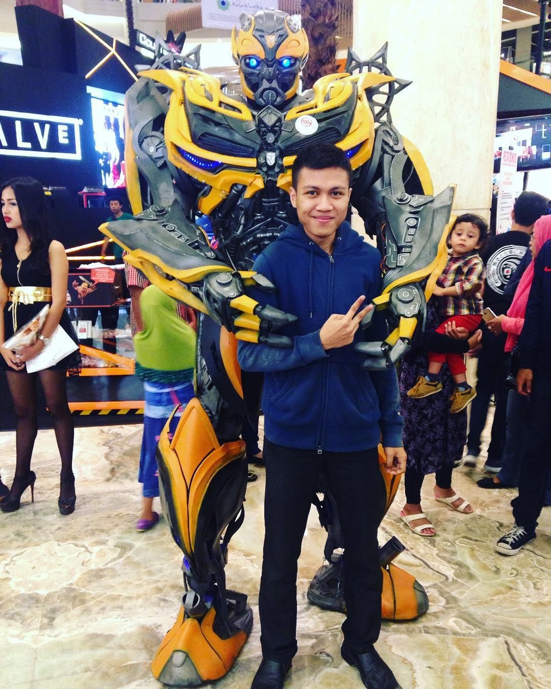 #cosplay #animecosplay bumblebee