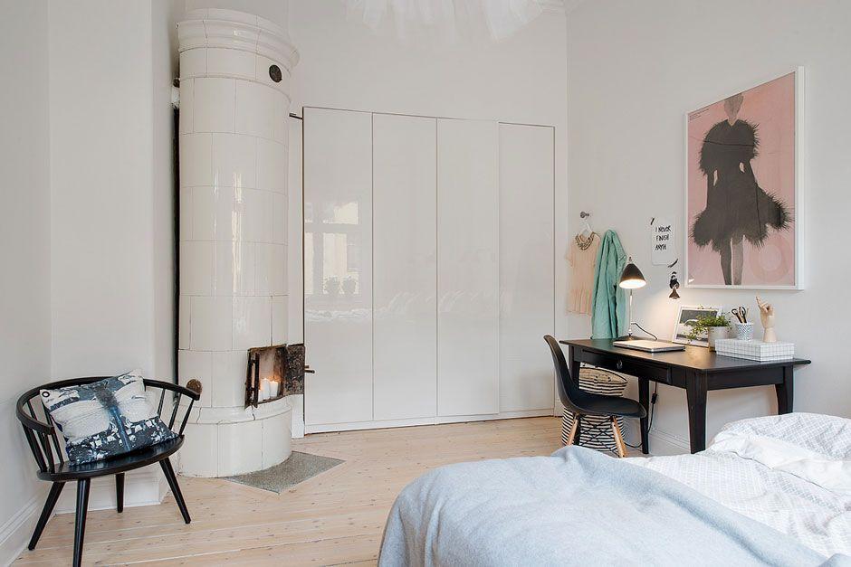Спальня с камином Идеи-вдохновение для интерьер дизайна│Россия - como decorar un techo de lamina