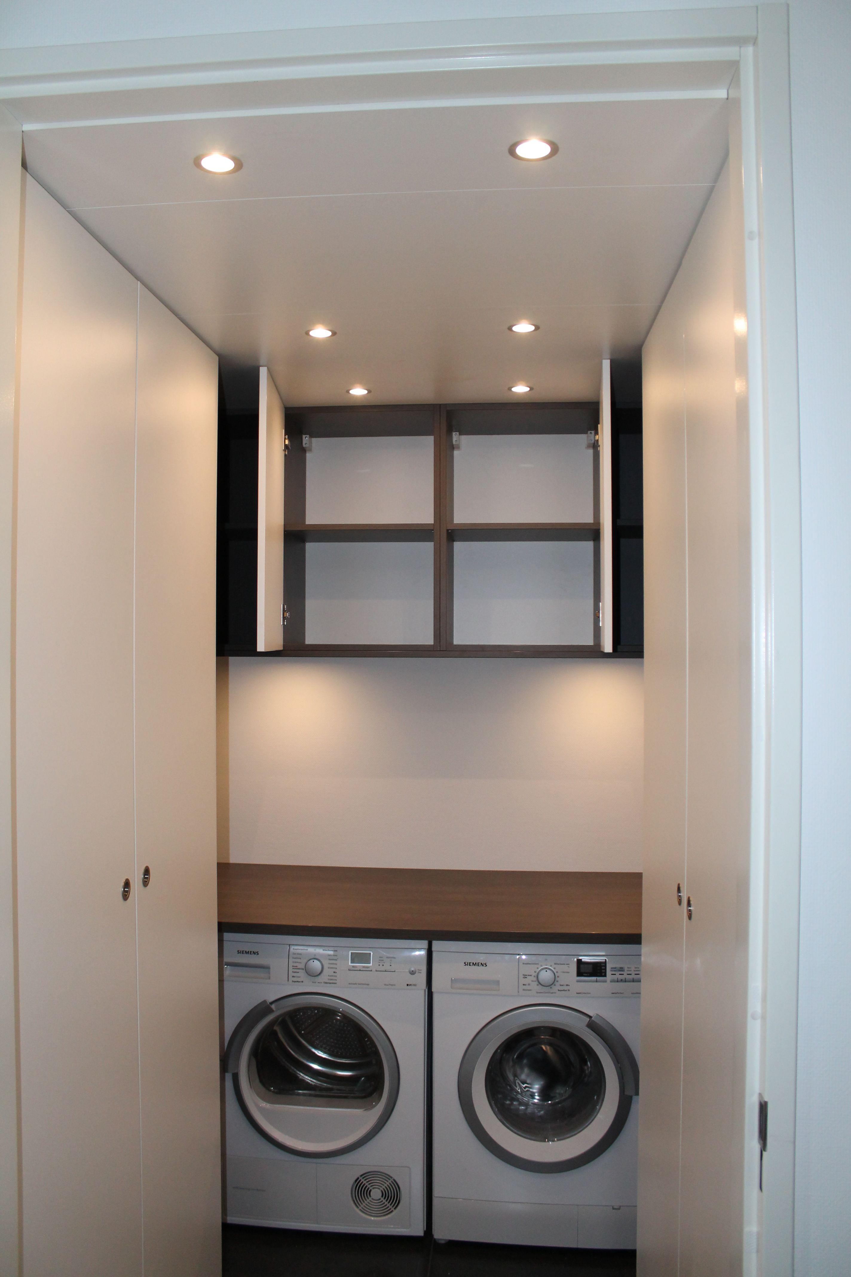 Kast voor wasruimte. Praktische oplossing voor wassen en drogen ...