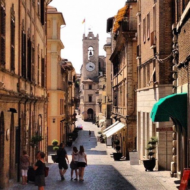 Osimo - Foto di @discorobi   Riviera del Conero   Italia