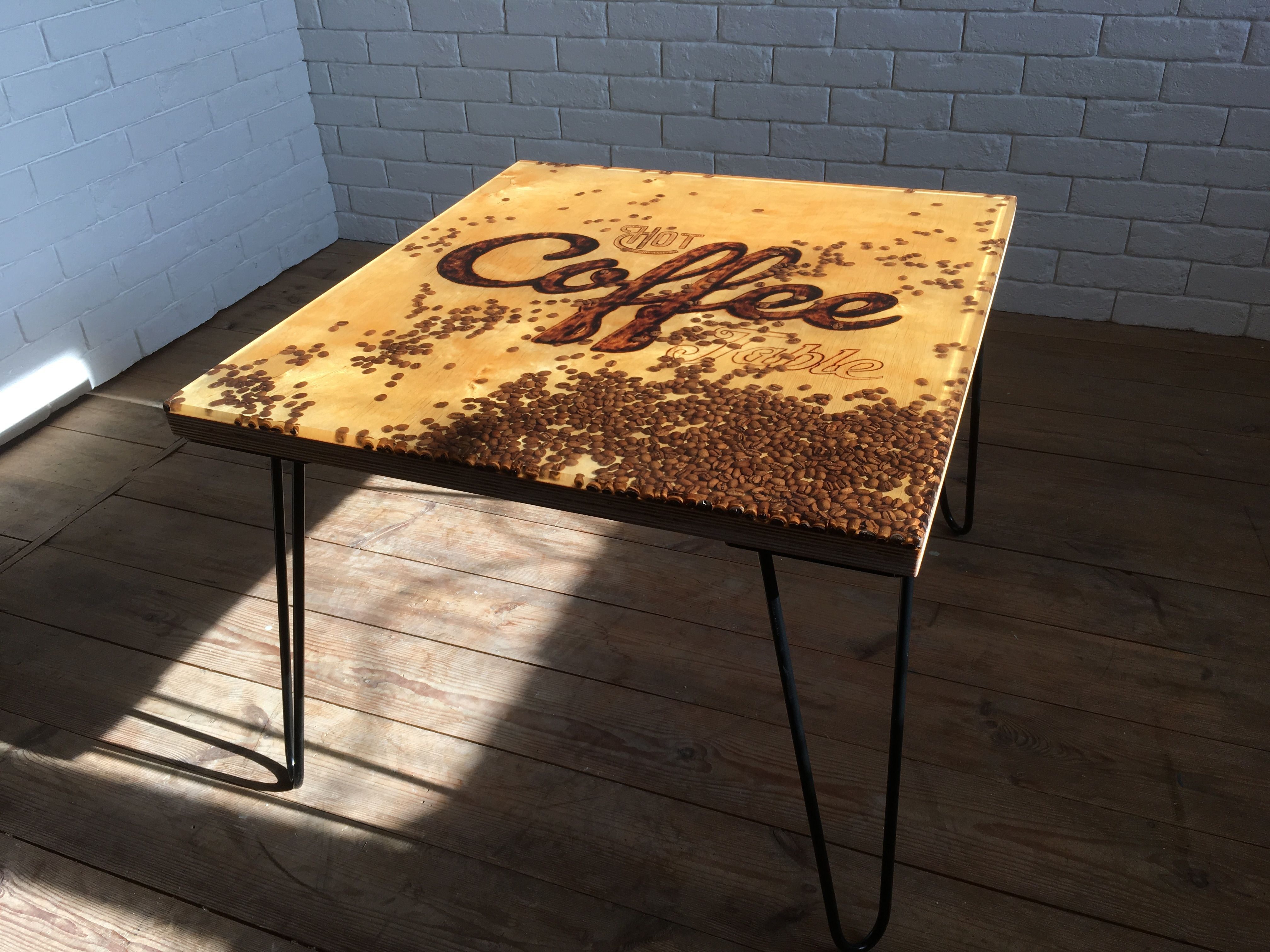 Coffee Table With Coffee Beans Poured In Epoxy Resin Stoliki