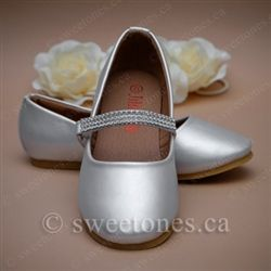 a89a23665 Flower girl formal shoes