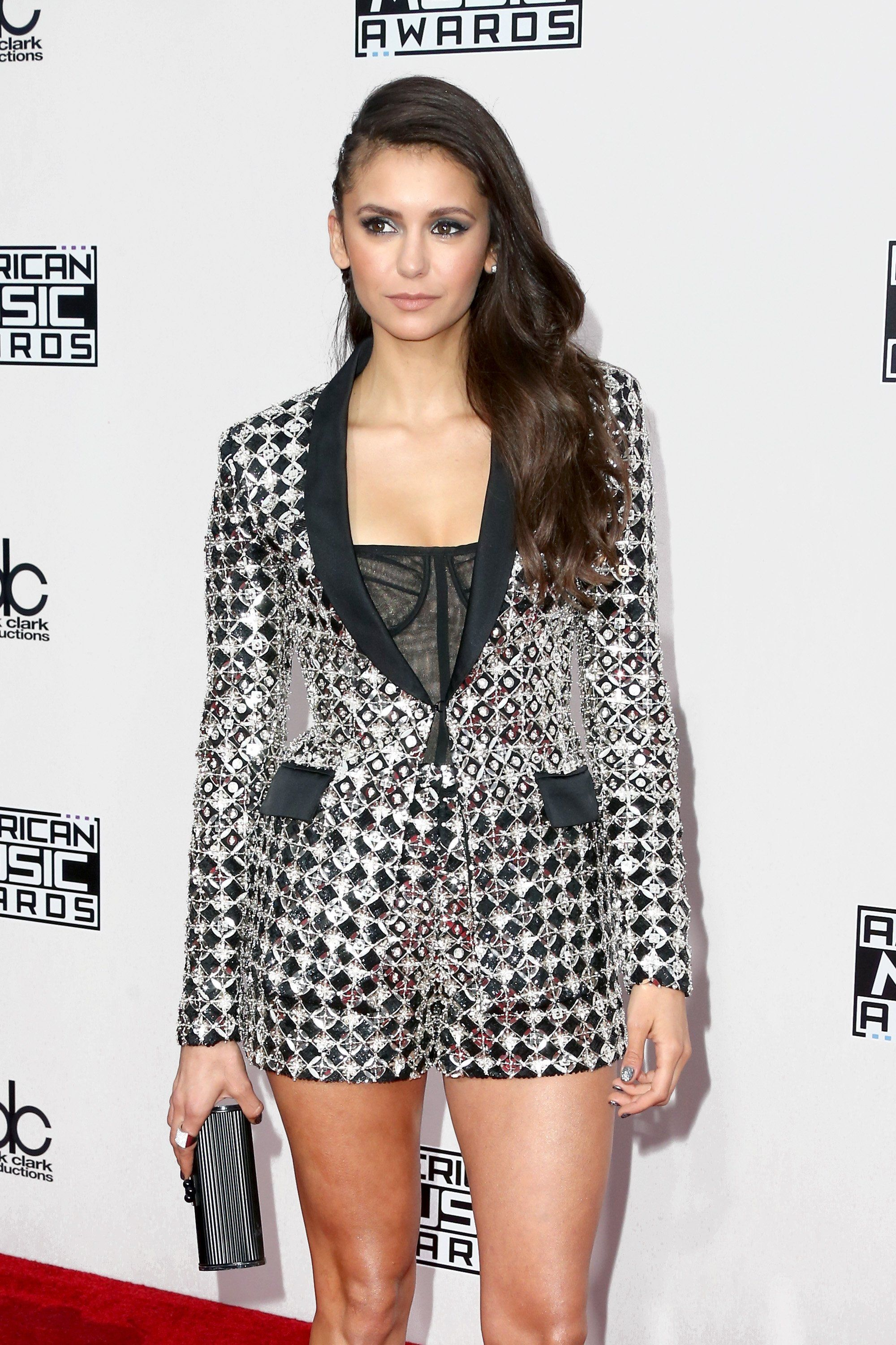 Nina Dobrev and Julianne Hough Put Their Adorable Friendship on Full Display at the AMAs