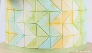 Resultado de imagem para chevron cake design