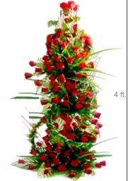 Four Foot Tall Arrangement Of Roses Flower Arrangements Flower Bouquet Wedding Online Flower Delivery