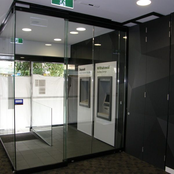 Shopping Centre Walls Partitions Auto Sliding Doors Hufcor