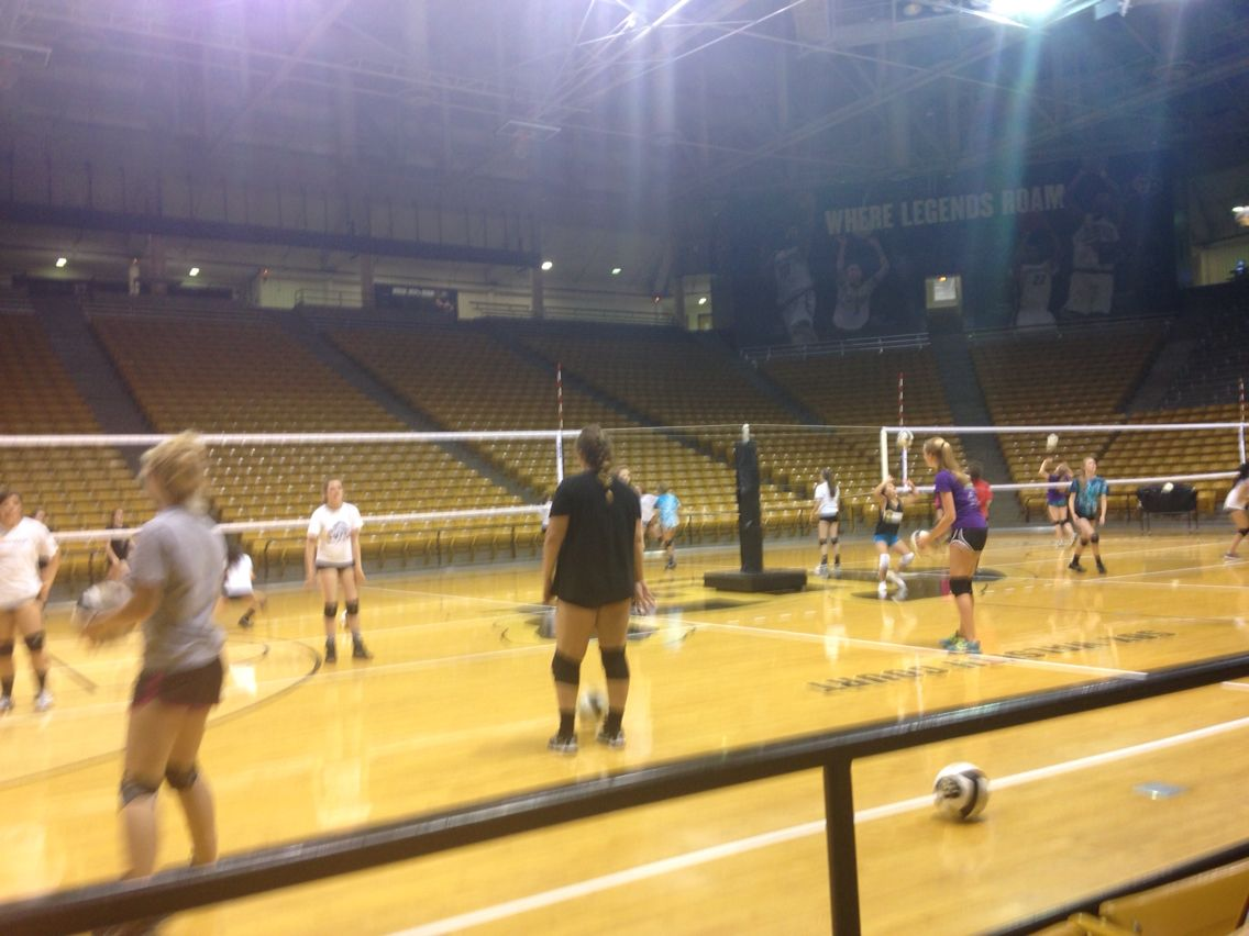 C U Volleyball Camp Volleyball Camp College Fun Volleyball