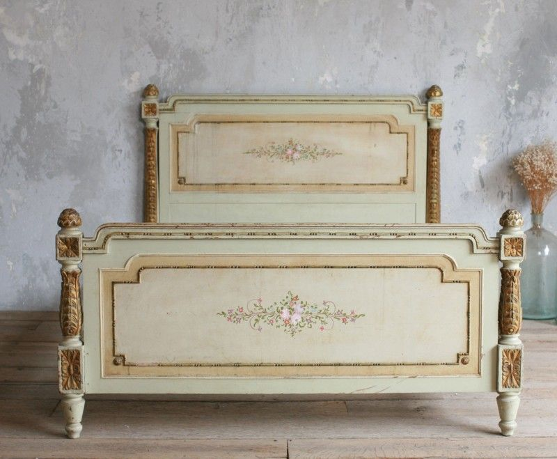 Vintage Shabby Hand Painted French Style Fl Bed Antique Carved Gold Bedroom Furniture Gilt Flowers
