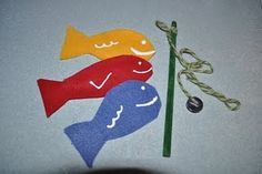 no-sew felt fishing set (fish hot-glued together with a washer in the middle, rod is made from an unsharpened pencil, yarn, and a magnet)