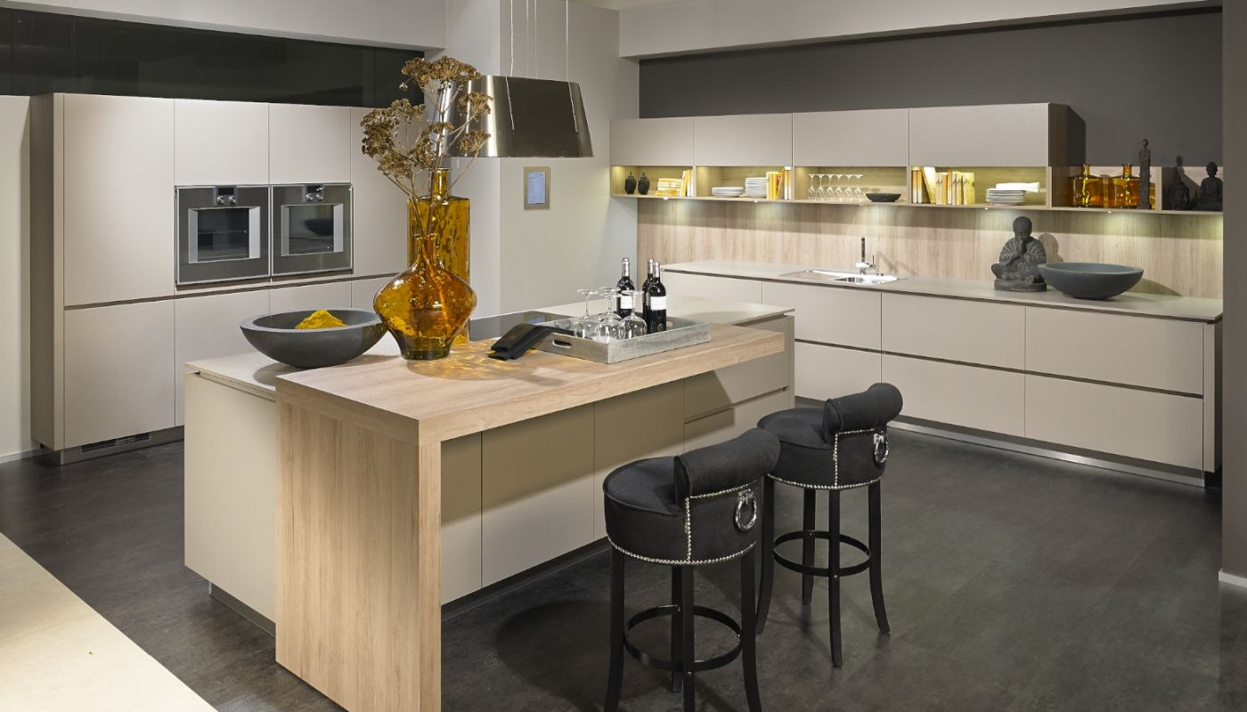 Alno Kitchen Cabinets Chicago - Alno kitchen with thick wood finish breakfast bar
